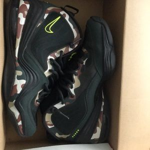 Nike Shoes - Men's Nike Air Penny V Camo